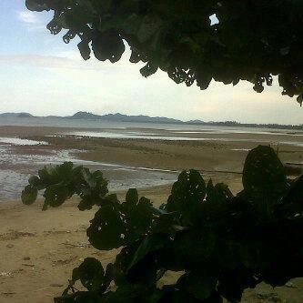 Another photo from Patong Beach, Phuket, Thailand.   Credit to Sirichok Sopha/FB
