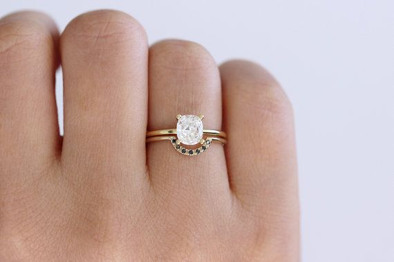Solitaire Cushion Diamond Engagement Ring - 0.8 Carat Diamond Ring - 18k Gold