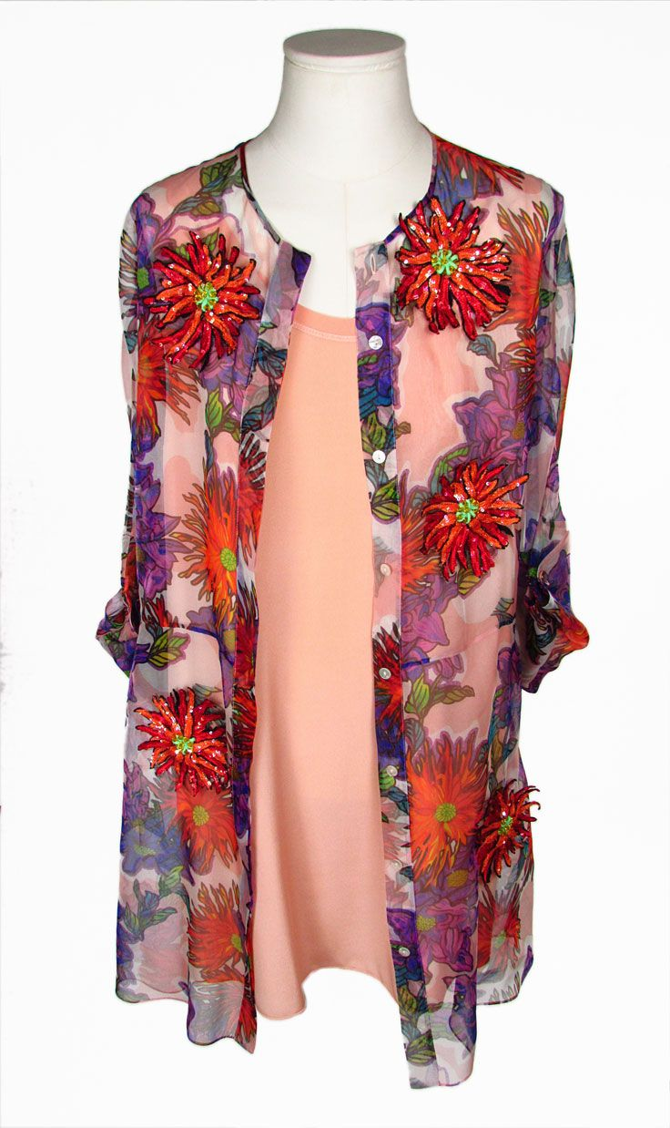 BLUMARINE. Abito in Seta. Printed Silk Tunic Dress.  Abito in organza di seta con stampa floreale. Fiori ricamati e tagliati a mano applicati su tutta la superficie. 100% Seta. Made in Italy.  Concealed front button closure. Embellished floral details. Floral details embroidered and cutout by hand. 100% Silk. Made in Italy.  #blumarine #printedsilkdress #silk #womensdress #silk #silkdress #abitoinseta #abitodadonna #sottovesteinseta #seta #madeinitaly #montorsimodena
