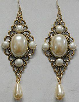 Anne Boleyn Earrings  The Tudors Pearl