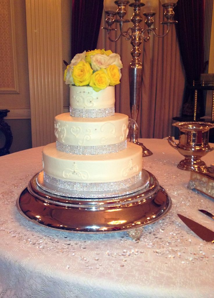 77 best austin quinceanera cakes images on pinterest quinceanera cakes big cakes and cake. Black Bedroom Furniture Sets. Home Design Ideas