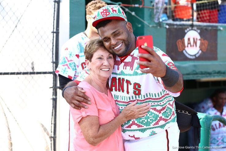 """Sandoval reunites with host mom after re-signing with Giants  -  July 24, 2017:      """"Pablo Sandoval is welcomed back by his host mom from his time with our #SJGiants! Thank you @SFGiants for helping bring @KFP48 home!!"""""""