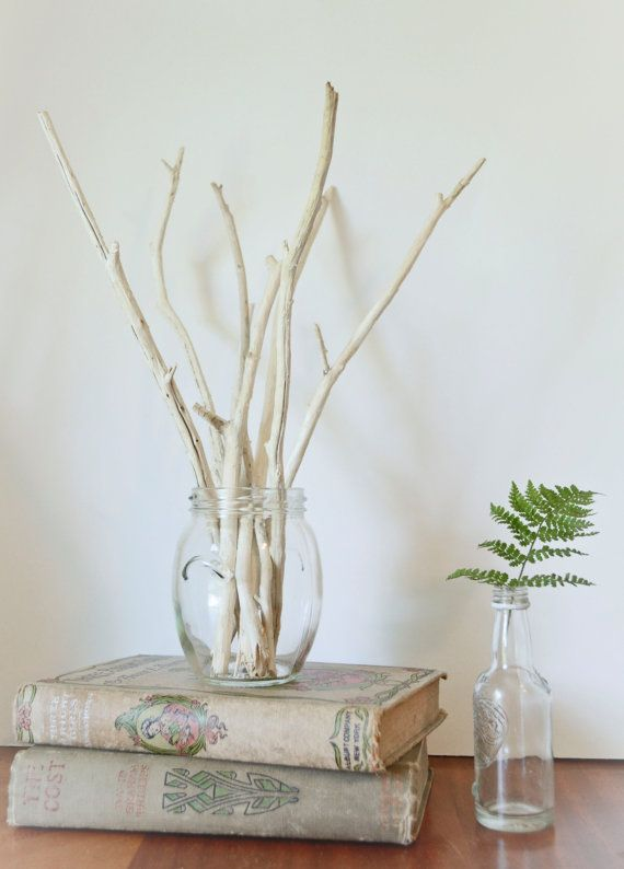 bouquet de bois flott dans un vase driftwood home deco pinterest vase bouquet et bois. Black Bedroom Furniture Sets. Home Design Ideas