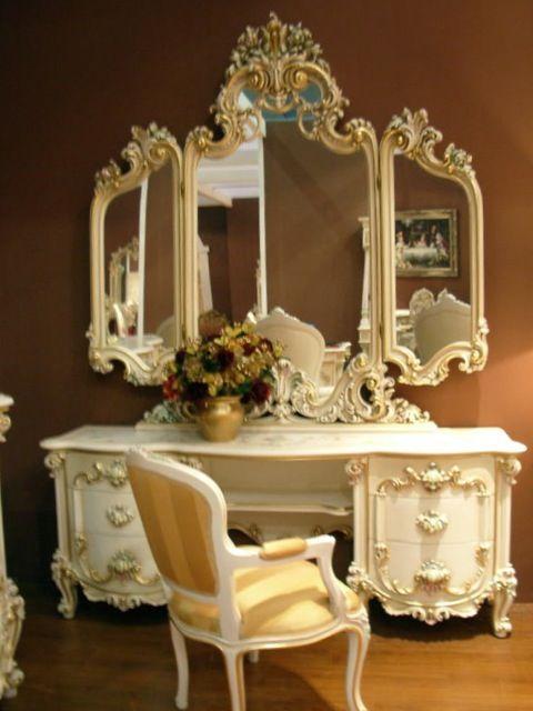 Alle Informationen zum Artikel finden Sie unter:  https://www.louisxv.de/frisier-tisch-kommode-schlafzimmer-antik-stil-barock-vp7716/frisierkommode/a-38511925/