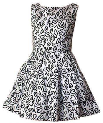 Štýlové dámske šaty bieločierne