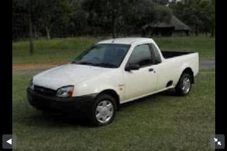 2002 White Ford Bantam Bakkie (ute) 1.6. Yes. True.