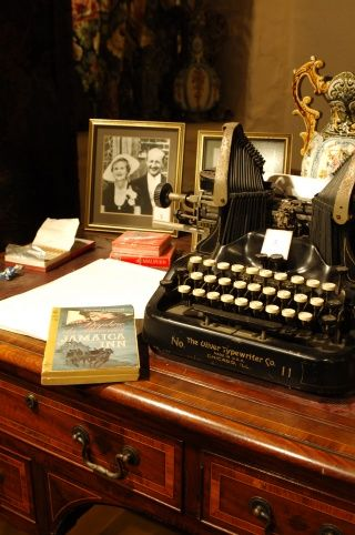 The du Maurier Room at Jamaica Inn in Cornwall