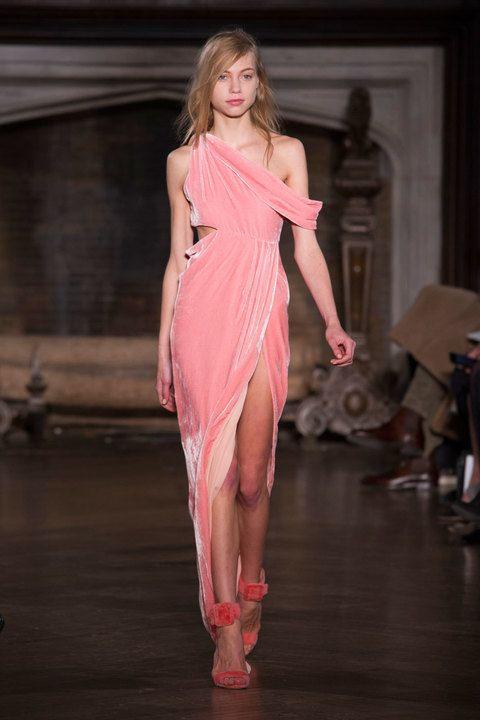Il tessuto moda della stagione invernale: il velluto!!! – The Last Dress
