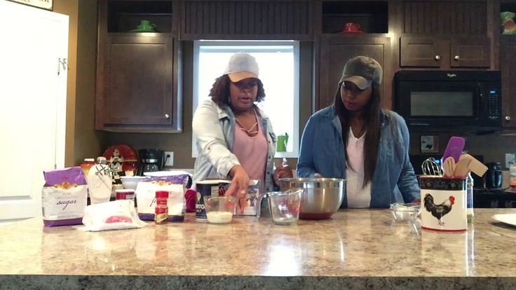 HOW TO MAKE FRIED TWINKIES !!!!! - YouTube