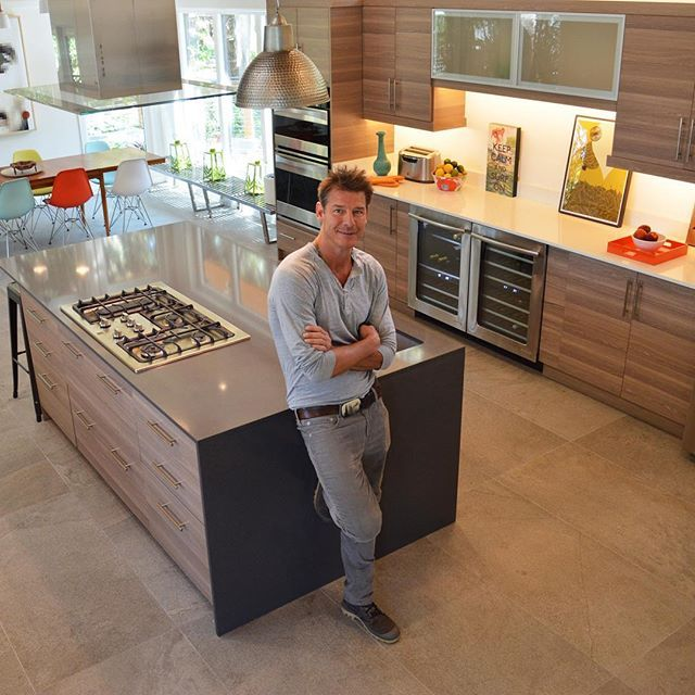 Extreme Makeover: Home Edition show host, Ty Pennington, uses Cabinets To Go Cabinets in his home everyday.     <a href='/tag/Cabinetstogo' target='_blank'>#Cabinetstogo</a> <a href='/tag/kitchen' target='_blank'>#kitchen</a> <a href='/tag/renovation' target='_blank'>#renovation</a> <a href='/tag/modern' target='_blank'>#modern</a> <a href='/tag/luxury' target='_blank'>#luxury</a> <a href='/tag/home' target='_blank'>#home</a> <a href='/tag/typennington' target='_blank'>#typennington</a> <a…