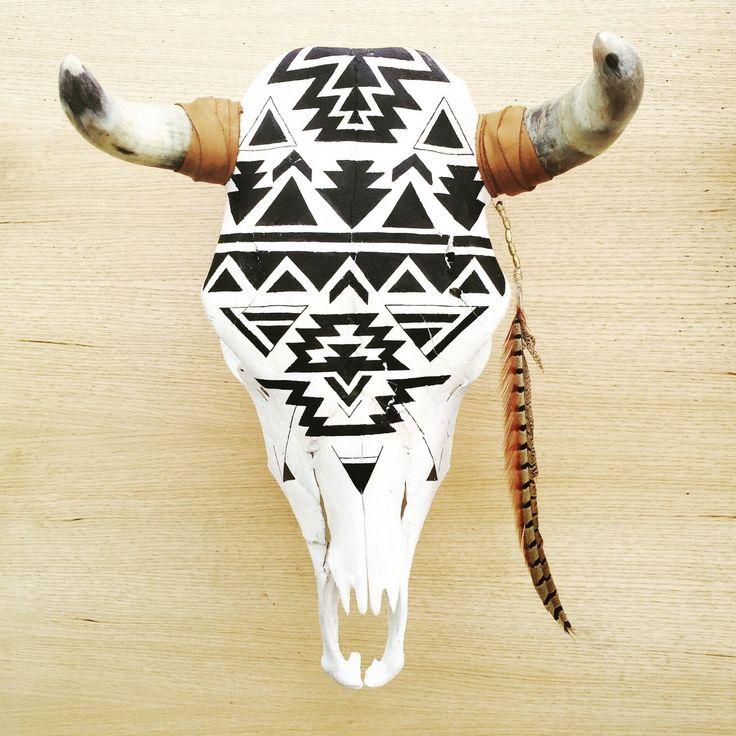 223 best carved horns n heads images on Pinterest | Deer skulls ...