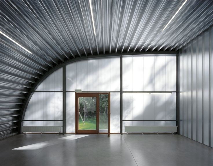 Liège Centre for Group Dynamics and Institutional Analysis / Dethier Architectures