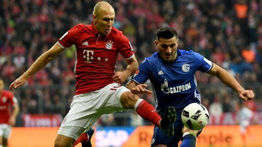 BL-19.Sptg.- Bayern-Schalke 1:1 - Fußball-Bundesliga: Schalke erkämpftRemis gegen FC Bayern