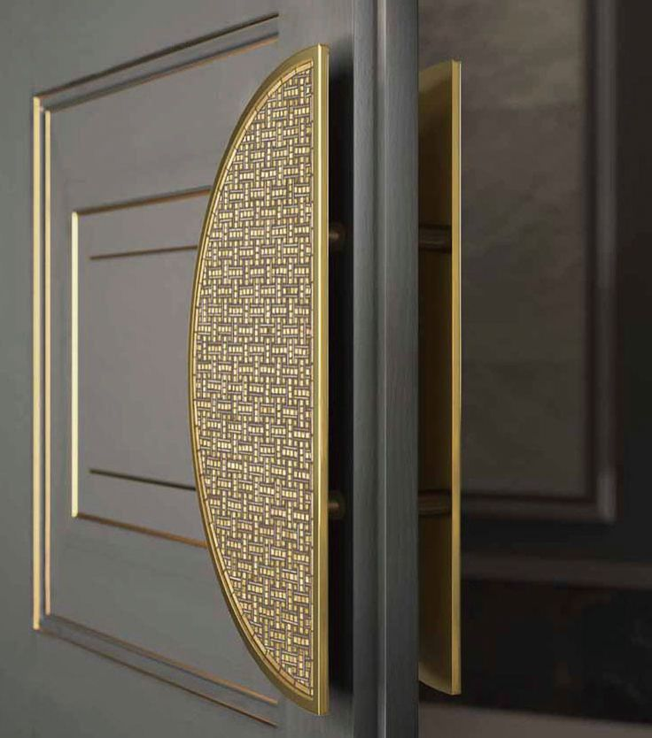 Sicis Door Handle. Gold tones, door panels, gray/grey. Door hardware. Architectural #hardware. #design