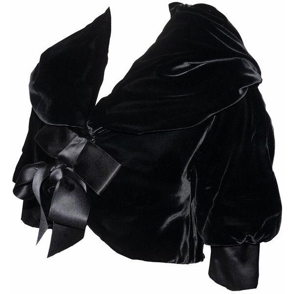 * DOLCE GABBANA VESTE BOLÉRO EN VELOURS NOIR ❤ liked on Polyvore featuring outerwear, coats, dolce gabbana coat and velour coat