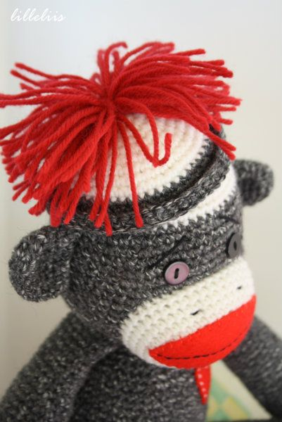 Free Crochet Pattern Sock Monkey Slippers : 25+ best ideas about Crochet sock monkeys on Pinterest ...