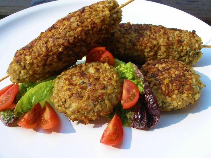 V kuchyni vždy otevřeno ...: Bulgurové kebaby nebo karbanátky
