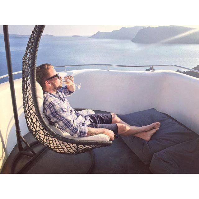 Oh, @davebriggs24 we're thrilled you're enjoying the moment!  #ArtMaisons #Caldera #Santorini