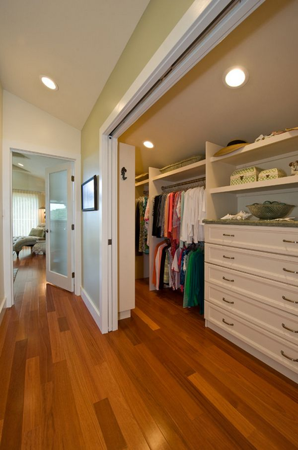 Become more organized with a walk in wardrobe