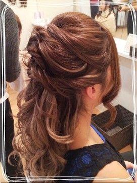 ねじり ハーフアップヘアアレンジ(結婚式の髪型).jpg (271×361)