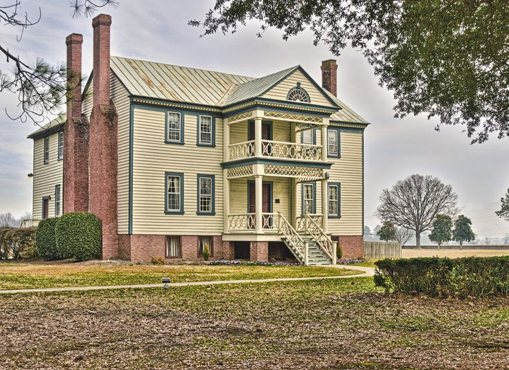 Old Southern Plantation House - HDR Photo | HDR Creme