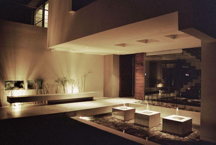#Luz #Iluminación #Espacios #Disenio Castores House  http://vanguardaarchitects.com/es/what-we-do.php?sec=house&project=36