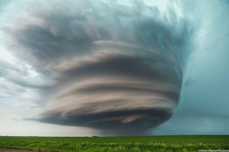Supercell tornado at West Point Nebraska