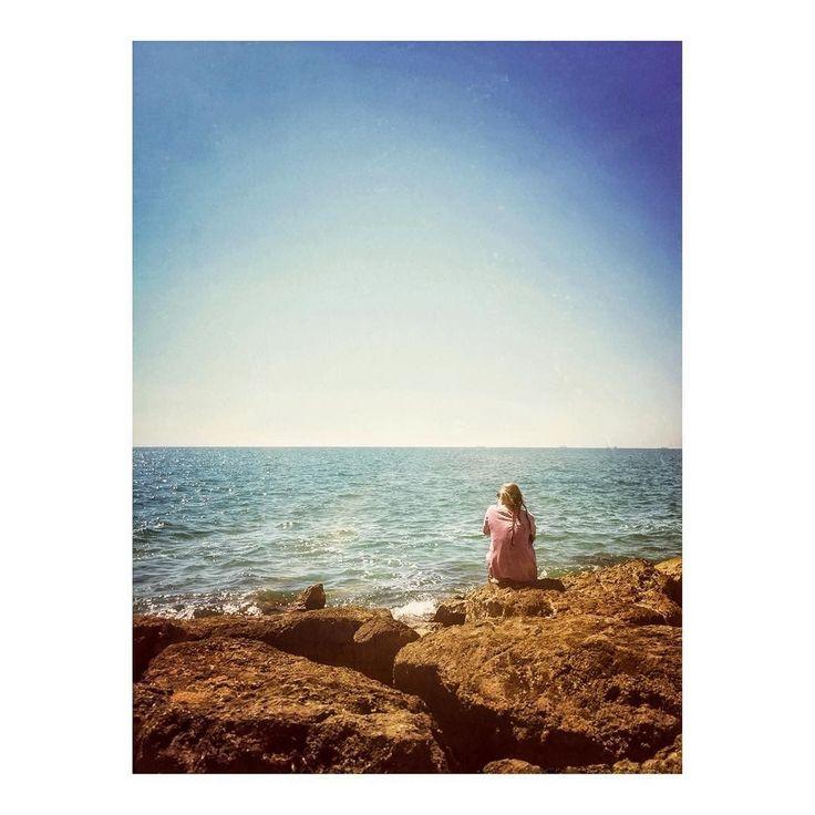 Imarchi    Meditating on the horizon _ Meditando en el horizonte   #meditation #horizon #spiritual #instasky #spirituality #mindfulness #meditate #iskyhub #ocean #awakening #loveandlight #insta_sky_lovers #ignaturale #instabeach #oceano #silhouette #sea #horizon_over_water #water #tranquilscene #scenics #clearsky #realpeople #tranquility #rock #sunlight #rearview    See it in Instagram http://ift.tt/2gSbfw3 imarchi imarchi.com photographer fotografo Madrid Spain photography Phoneography…