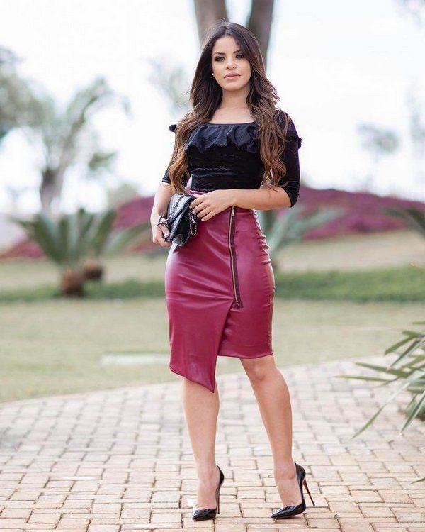Saia de Couro Tamany Moda Evangelica | roupa evangelica in 2019 | High waisted skirt, Fashion, Leather skirt