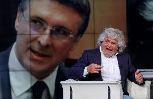 ROMA –  Beppe Grillo insiste: processi popolari online e annuncia la pubblicazione di liste di imputati sul suo blog.  Liste che comprendera...