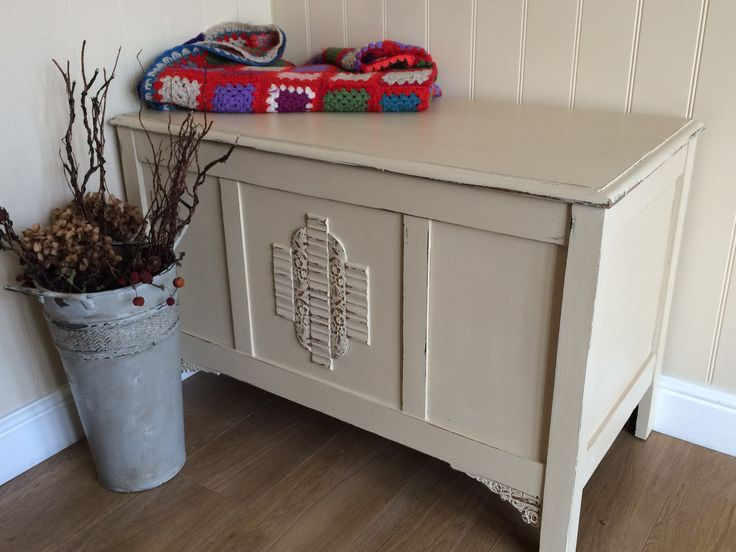 Blanket box, painted in Annie Sloan Old Ochre and distressed