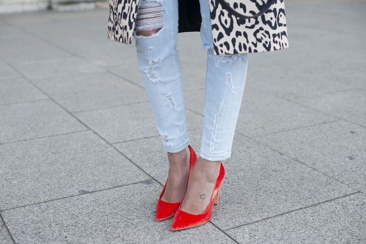How to Pick the Right Shoes for Your Jeans: Skinny Jeans, Slim Jeans, Cigarette Jeans