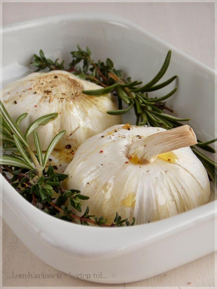 Mézes-fűszeres sült fokhagyma - ...konyhán innen - kerten túl...