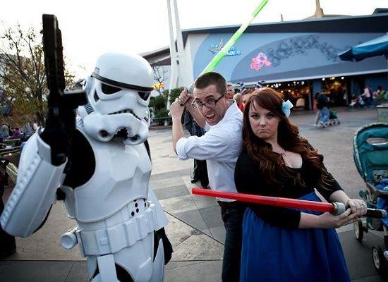 Si planeas ir algún día a Disneyland, entonces este contenido te va a interesar, pues te aportará muchísimas ideas geniales para tener las fotos perfectas en ese lugar de ensueño. 1. No olvides tomarte muchas fotos con los personajes. 2. La foto en el castillo es obligatoria. 3. Los juegos pequeños te darán grandes fotos. […]