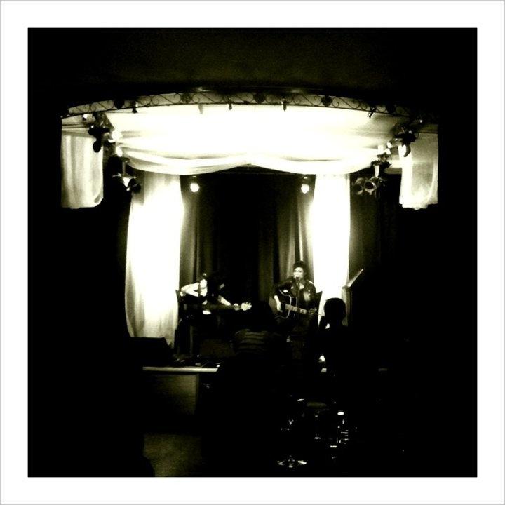 Sarah McLeod performing at the Palais in Hepburn Springs www.thepalais.com.au