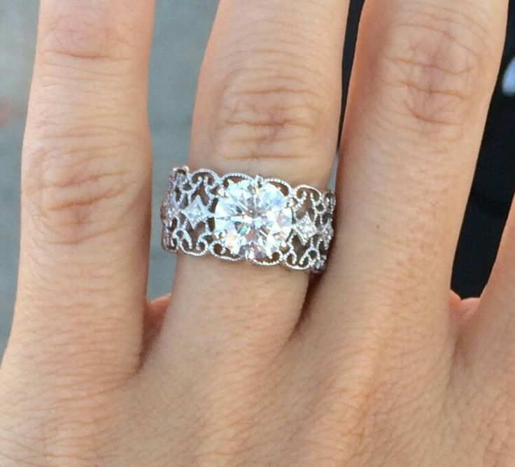 Rachel Talbott's ring. Gorgeous!!!!