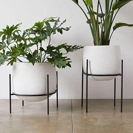 Modernist Planters | west elm  – Patio y jardin