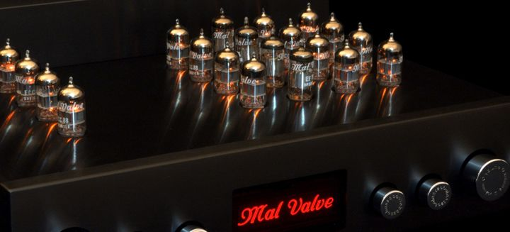 Mal Valve - Preamp4L with a staggering 16 E88C tube to keep noise low