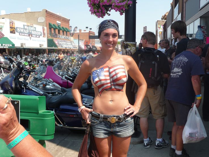 The arizona hotwife getting gangbanged in a bar parking lot - 3 7