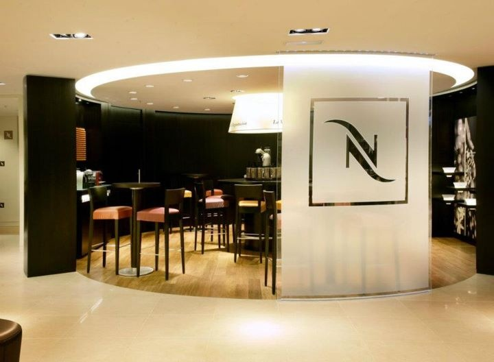 Andreu World furnishes Nespresso boutiques around the world