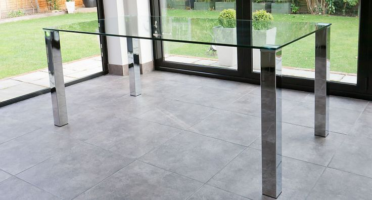 The Tiva Large Glass And Chrome Dining Table Has A Sleek 12mm Thick, Clear Glass  Table Top That Has Been Tested For Strength And Durability. It Is U2026