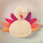 Made a little Tom the Turkey for lunch. Ham and cheese tortilla with pepper feathers.: Chee Tortillas, Hams And Cheese, Cheese Tortillas, Edible Art, Peppers Feathers, Food Art