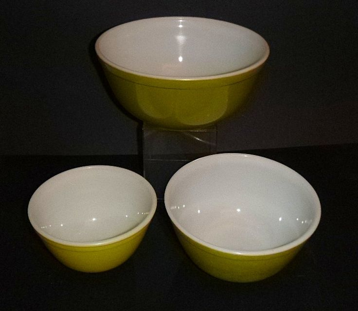 Pyrex Mixing Bowls, Spring Green Pyrex, 3 piece set, 1 1/2 pint bowl, 1 1/2 quart bowl, 2 1/2 quart pyrex, retro kitchen, midcentury bowls by AtticObsession on Etsy