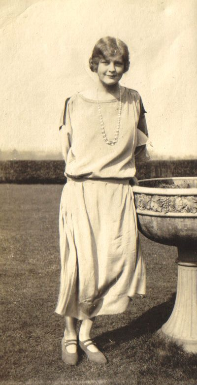 Betty Bisset at her sister Islay Molteno's first home in England after her marriage, Woodlands, Surrey, 1924
