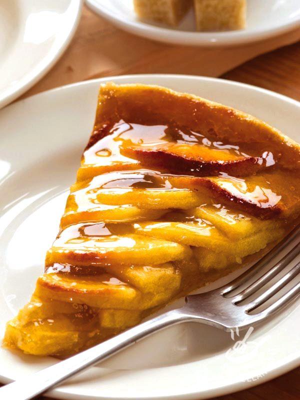 Tart with caramelized apples - Crostata alle mele caramellate: un dolce irresistibile che potete preparate con la frolla pronta o con l'impasto fatto da voi (vedi ricetta base sul sito).