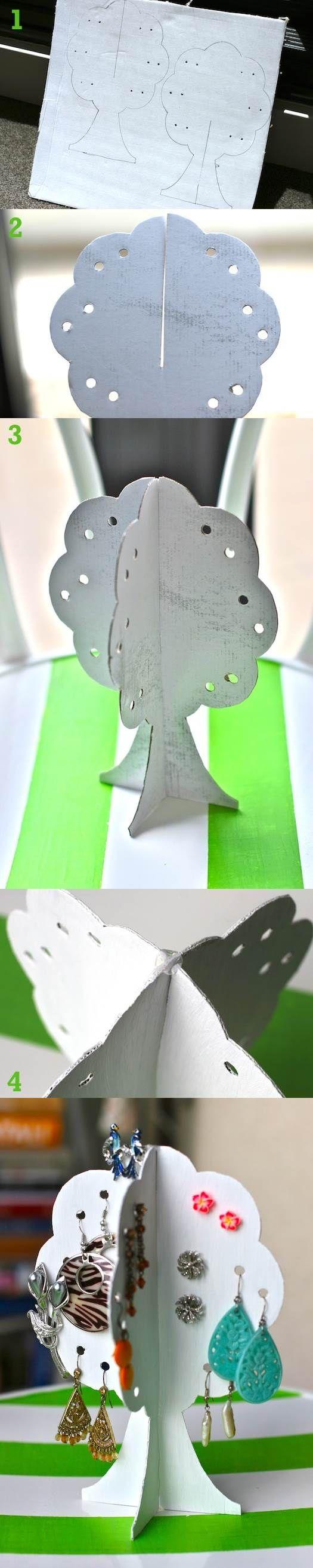 DIY Easy Cardboard Earrings Storage Tree | iCreativeIdeas.com Follow Us on Facebook --> https://www.facebook.com/icreativeideas