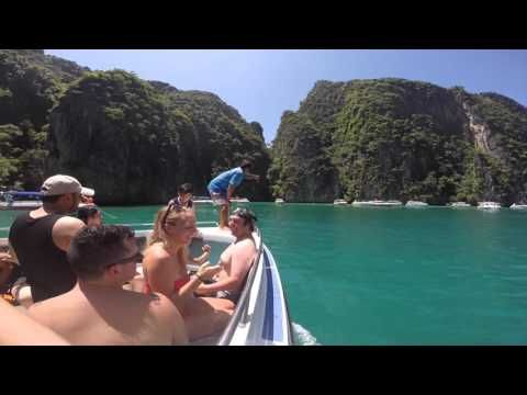 Exploring the Islands around Phuket - video diary 2015. Read more on www.wandervibe.com #travel #thailand #phiphi #islands #hong #island #thebeach #travelblog #videodiary