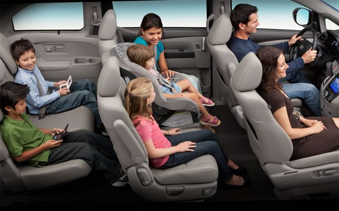 Safest 2015 SUVs and Minivans with Three Rows of Seating for Families. The odessey again...rollover isn't as great as Acura MDX, but less likely to actually roll than MDX.