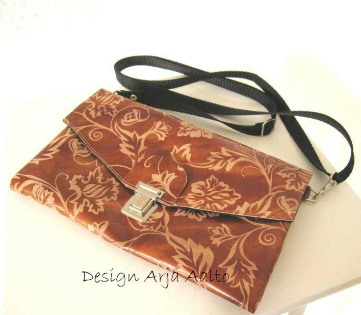 Leather envelope purse.