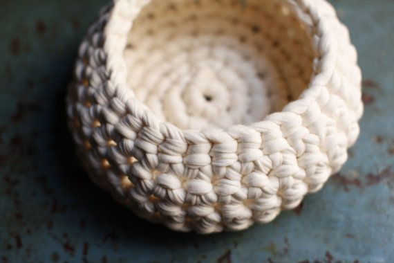 cotton crochet basket cream by PICIECASTAGNE on Etsy, €12.00